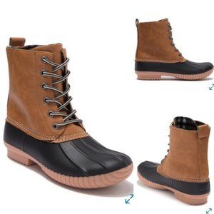 """Report """"Upton"""" Duck Boot Lace-up Sz 9.5 NEW"""